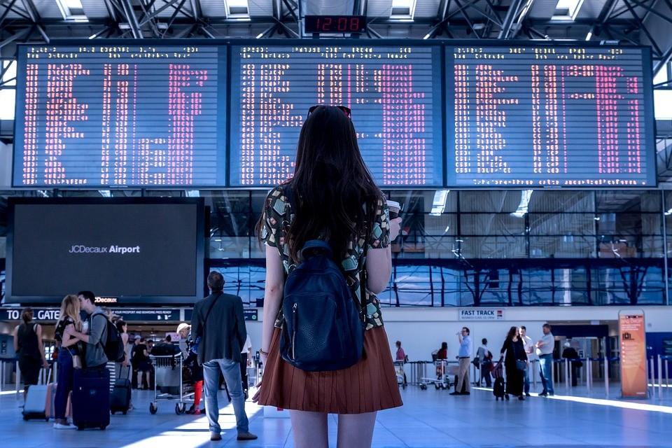 Viagem Internacional: levar dinheiro em espécie, cartão de crédito ou pré-pago?